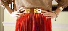 С чем носить юбку плиссе в офис или на романтический ужин