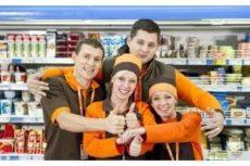 Униформа для продавцов продуктового магазина: рекомендации по выбору